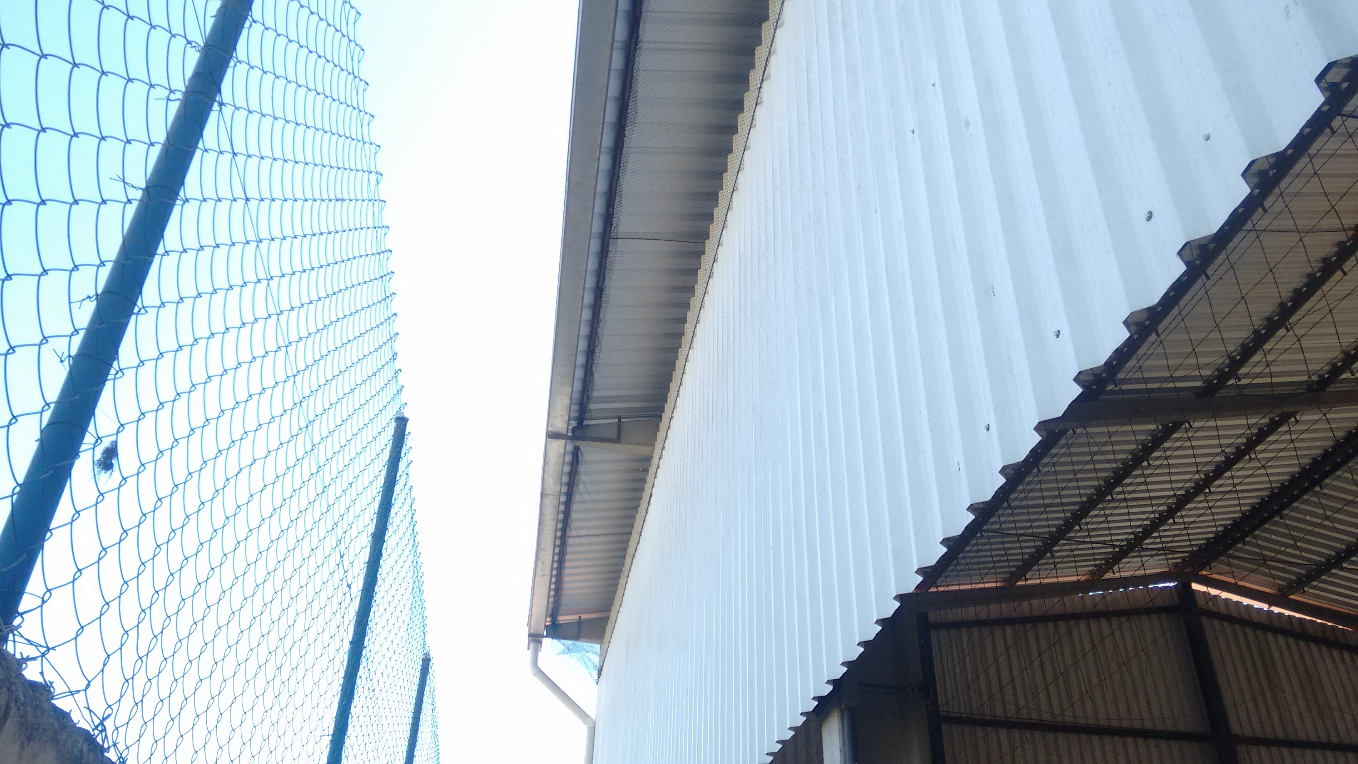 engeba-engenharia-pre-moldados-projeto-pilar-do-sul-sp-interior-obra-bndes-construçao-edificio-multipavimento-cobertura-fechamento-fundaçao-pre-fabricado-edificio-garagem-infraestrutura-industrial-terca-concreto-viga-t-cobertura-calha-escada-laje-estrutura-COBERTURA DE QUADRA POLIESPORTIVA (3)